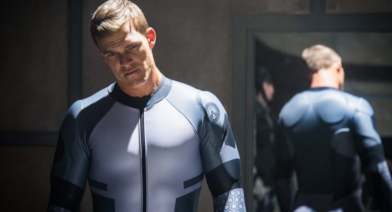 Alan Ritchson as Earth's promised champion showcases the subtleties of this actor's potential