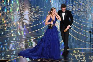Brie Larson, truly humbled. Thanks to www.oscar.go.com for the image.