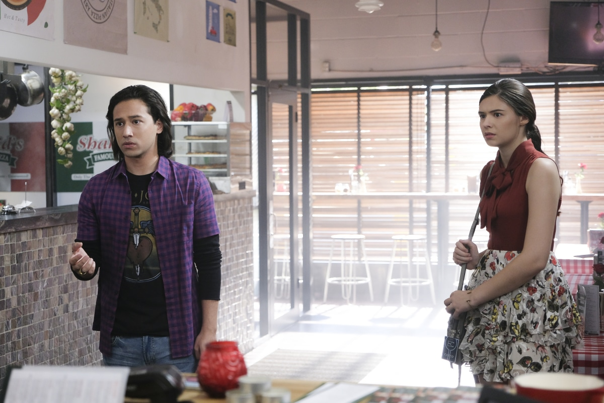 """Supergirl -- """"Fallout"""" -- Image Number: SPG402C_0101b.jpg -- Pictured (L-R): Jesse Rath as Brainiac-5 and Nicole Maines as Nia Nal -- Photo: Robert Falconer/The CW -- © 2018 The CW Network, LLC. All Rights Reserved."""